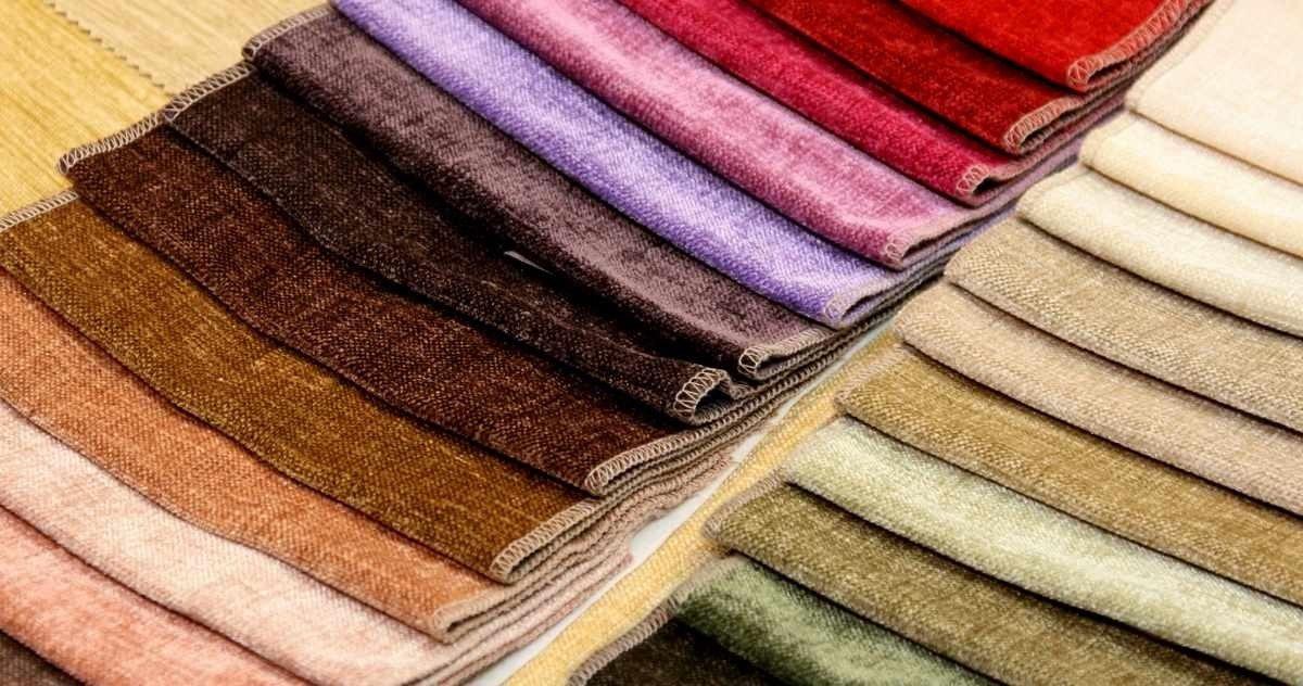 Как правильно выбрать ткань для перетяжки дивана