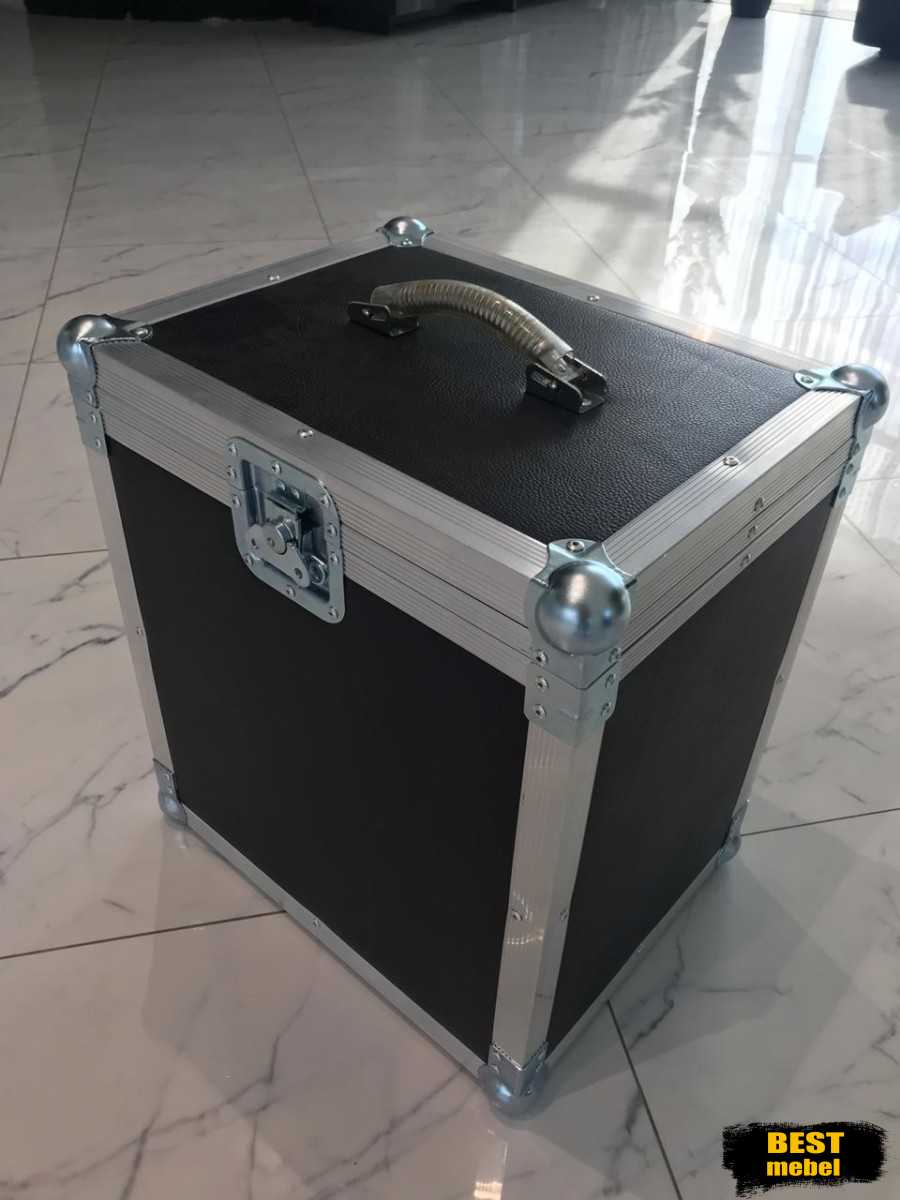 кейс чемодан в коже