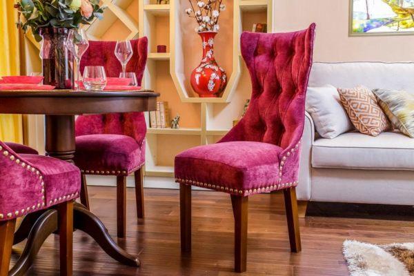 Обивка сидений и спинок стульев