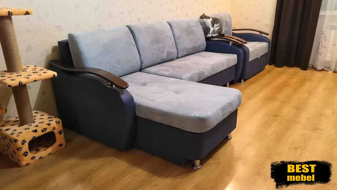 Перетяжка дивана с оттоманкой и раскладное кресло